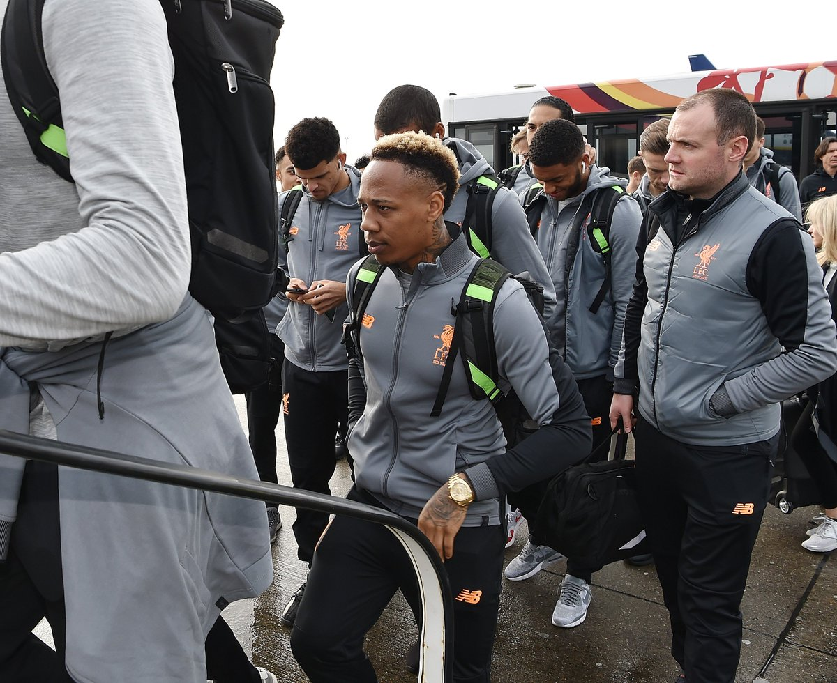 Nathaniel Clyne resumes full training. Read more on the defenders return: lfc.tv/ADN4