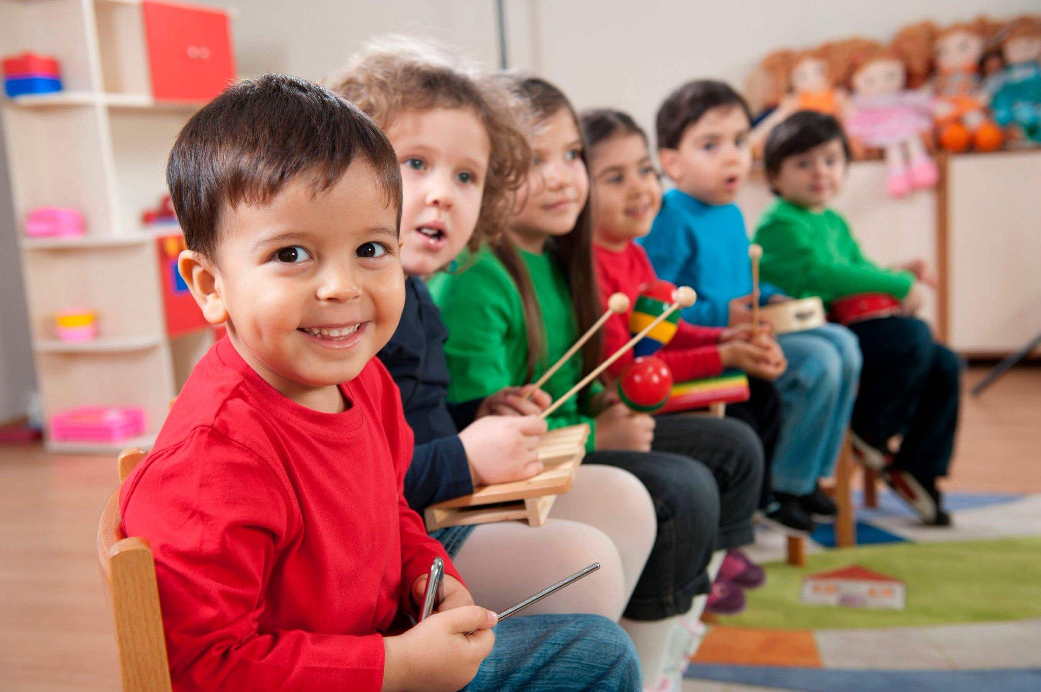 child childrens music school - HD2048×1362
