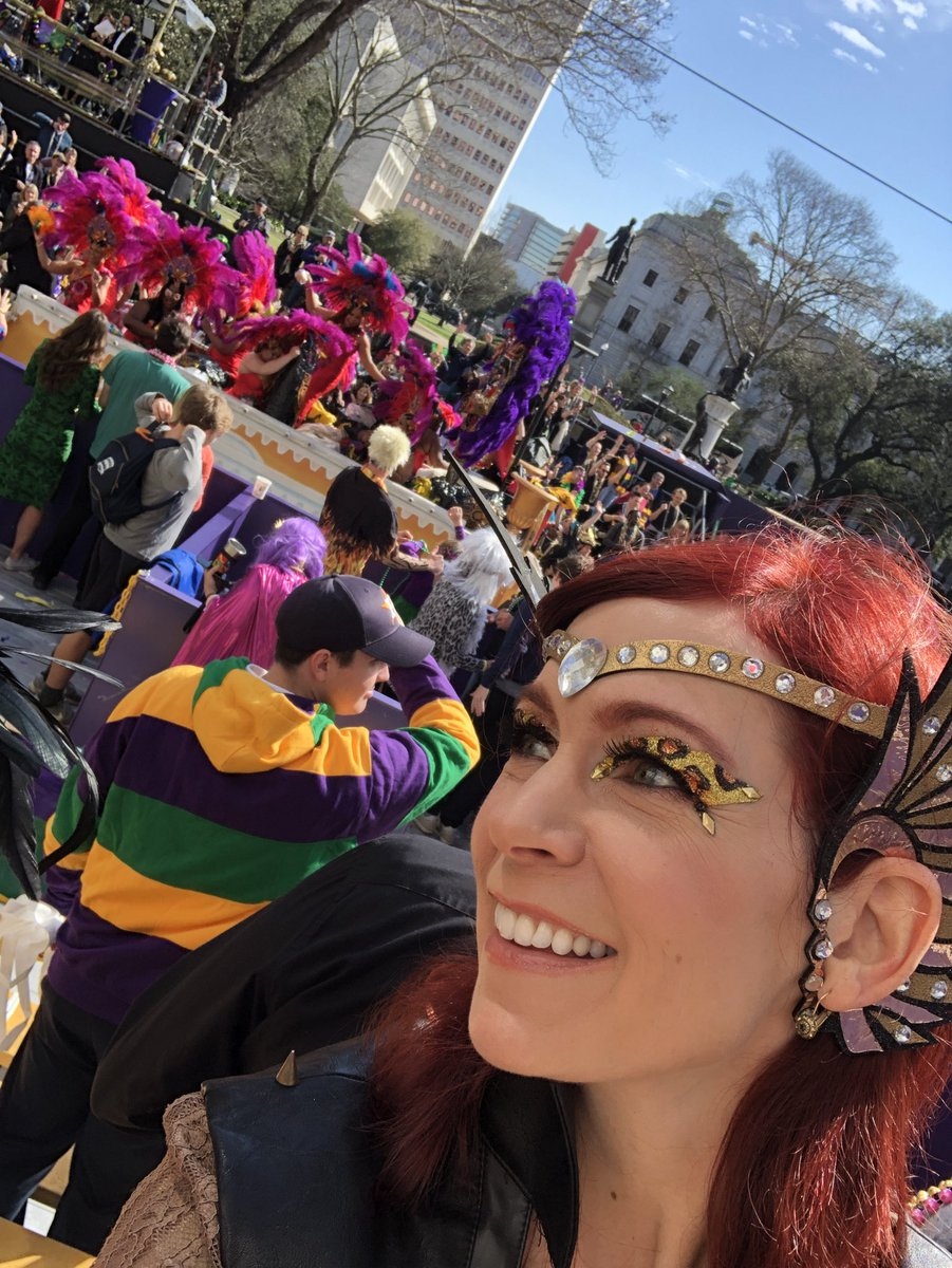 All hail #Zulu! #mardigras2018 https://t...