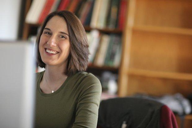 online dynamics in action intentional behavior
