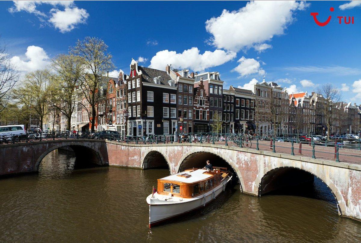 Cuando viajes recuerda que si en una ciudad hay barcos turísticos, seguramente habrá barcos regulares que hagan prácticamente la misma ruta y sean mucho más baratos. #TuipsbyTUI