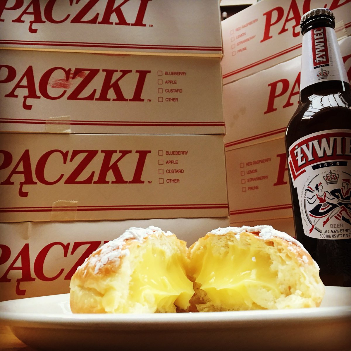 They're here! Open at 4pm with free pączki and pierogi while they last  #fattuesday #Pączki #PączkiDay <br>http://pic.twitter.com/WAAy0pdIft