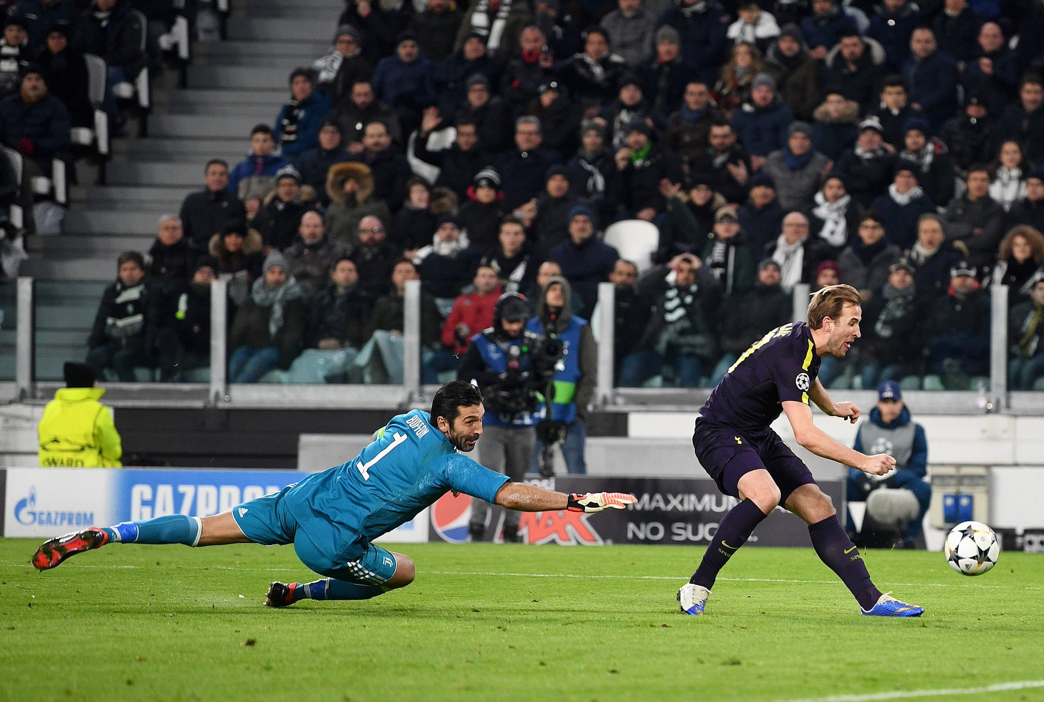 Juventus 2-2  Tottenham Highlights