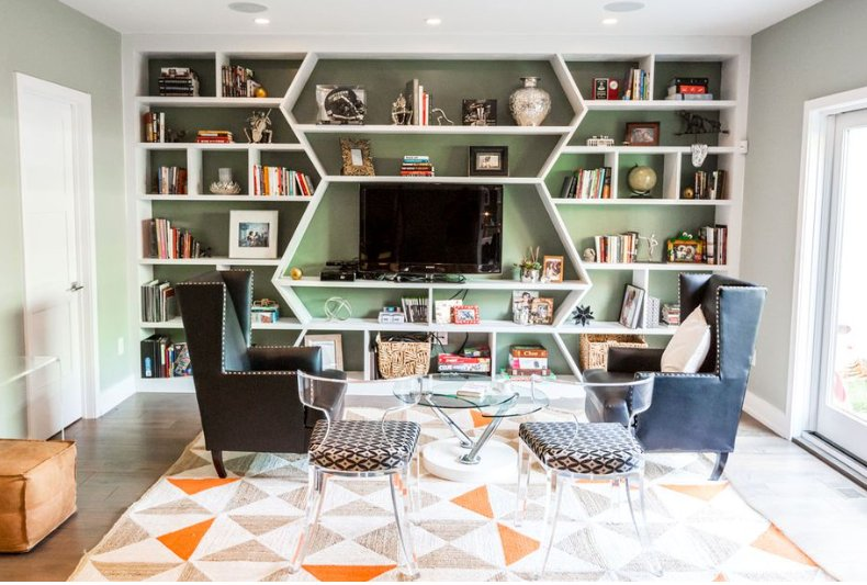Take a peek inside @Eagles Malcolm Jenkins' modern and quaint home in Northern Liberties! Jenkins and his family worked with local interior designer @Henckdesign to bring some personality to their new home, and we are loving it! #JennaComm #HenckDesign  http://bit.ly/2CiRB1C