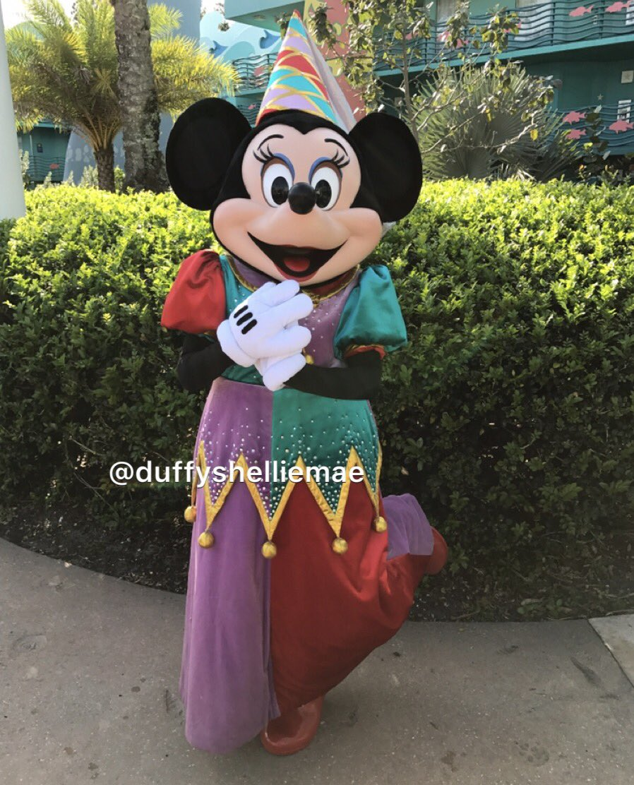 Happy #PaczkiDay !! #MardiGras #FatTuesday #MinnieMouse #MickeyMouse #DisneyCharacter<br>http://pic.twitter.com/4frooJPX4k