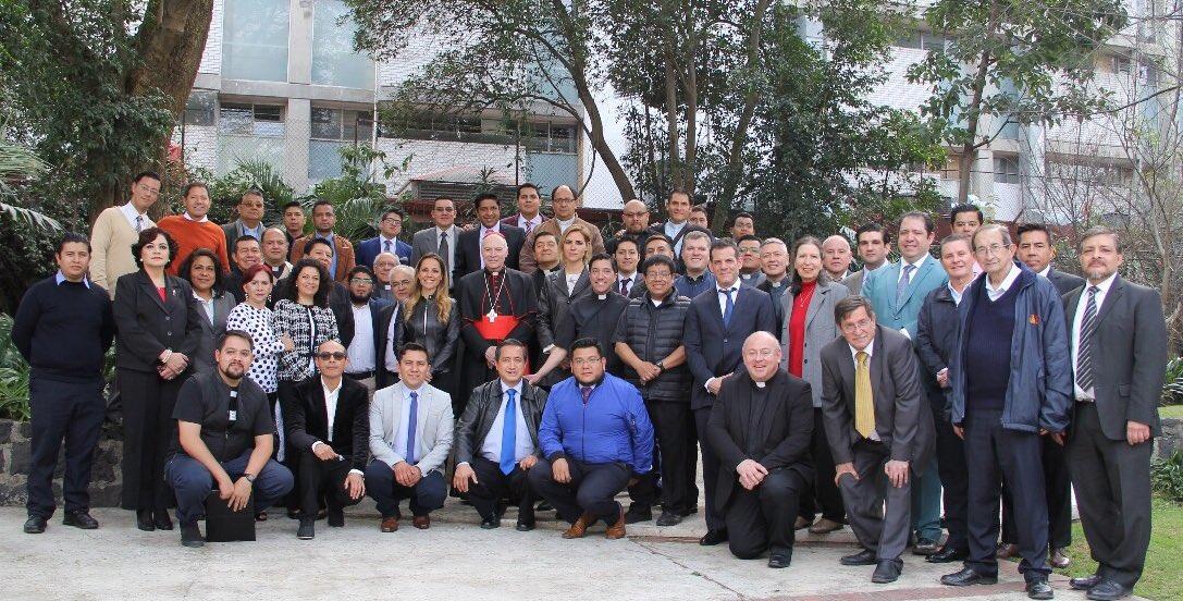 Hoy tuve un cordial encuentro con el equipo de comunicación de la Arquidiócesis Primada de México. Agradezco de corazón al Padre Hugo Valdemar por su trabajo al frente de esta oficina