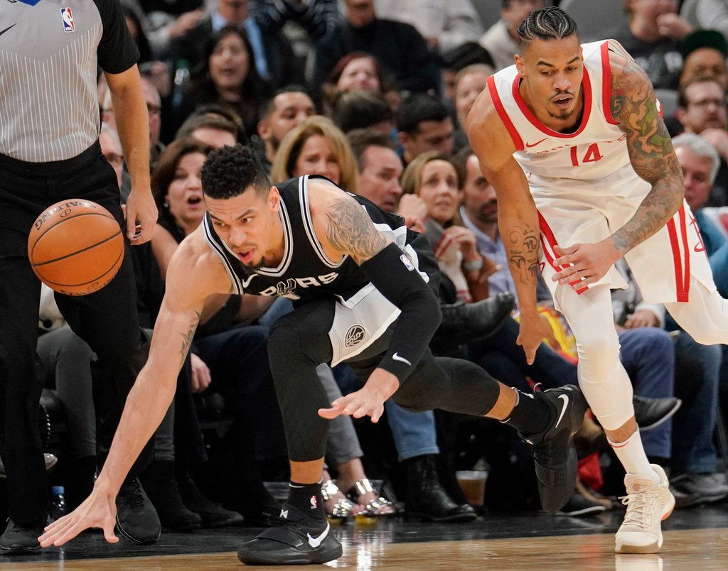 Jabari Young On Twitter Kinda Dope Pic Danny Green Competing With His Cousin Gerald Green For A Loose Ball Spurs Rockets