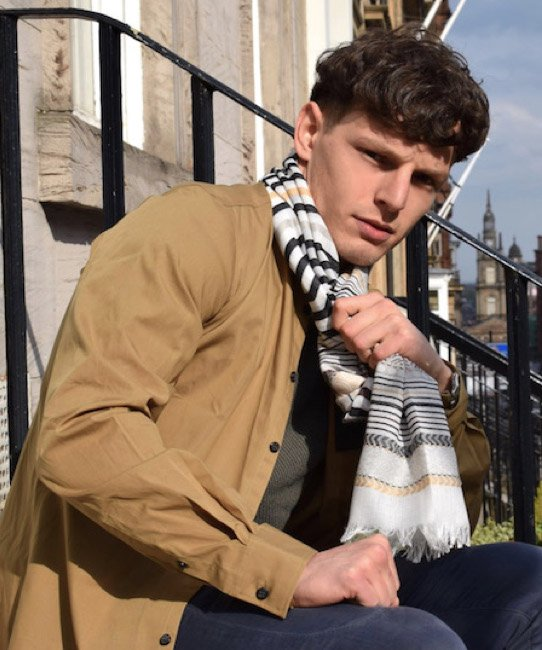 Man city scarf  Create a smashing friday look with this shockingly fancy scarf. https://www.definiteglam.co.uk/…/stripes-pattern-frayed-me…/ #definiteglam #mancityscarf #man #city #scarf #friday #vanillaskyscarf #creamscarf #manscarf #friday #friyay #manaccessories #citypic pic.twitter.com/QemGRbeWJz