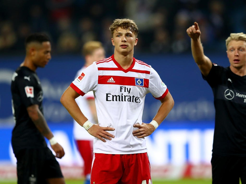 DVD9NSxXUAE0YAy - Top 5 Bundesliga players Aged 20 and Under