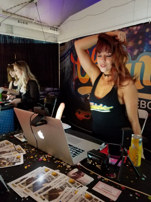 Come meet @MelodyKush at the @chaturbate booth at @the_sex_show!!! #babe #canadian #vancouver #camgirl