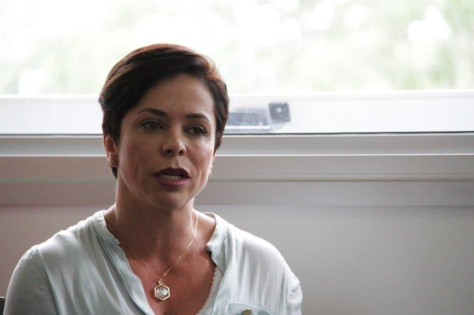 MPF investiga Cristiane Brasil por associação ao tráfico. Deputada nomeada para Ministério do Trabalho é suspeita de envolvimento com traficantes do Rio durante a campanha de 2010; procedimento foi enviado à PGR https://t.co/7KgIFROsqc