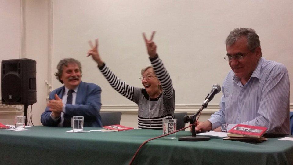 Chema Espinasa, la Peque y yo presentand...