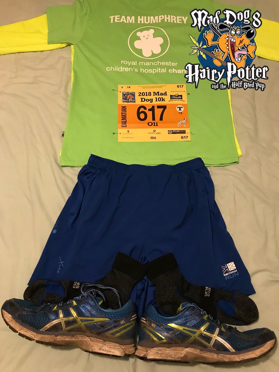 Obligatory race kit photo ready for the @maddog10k tomorrow. 🐶  Running In Memory Of Adam Catterall & raising money for @RMCHcharity.  💚🏃‍♂️ #IMOAC #MadDog10K #HairyPotterAndTheHalfBredPup