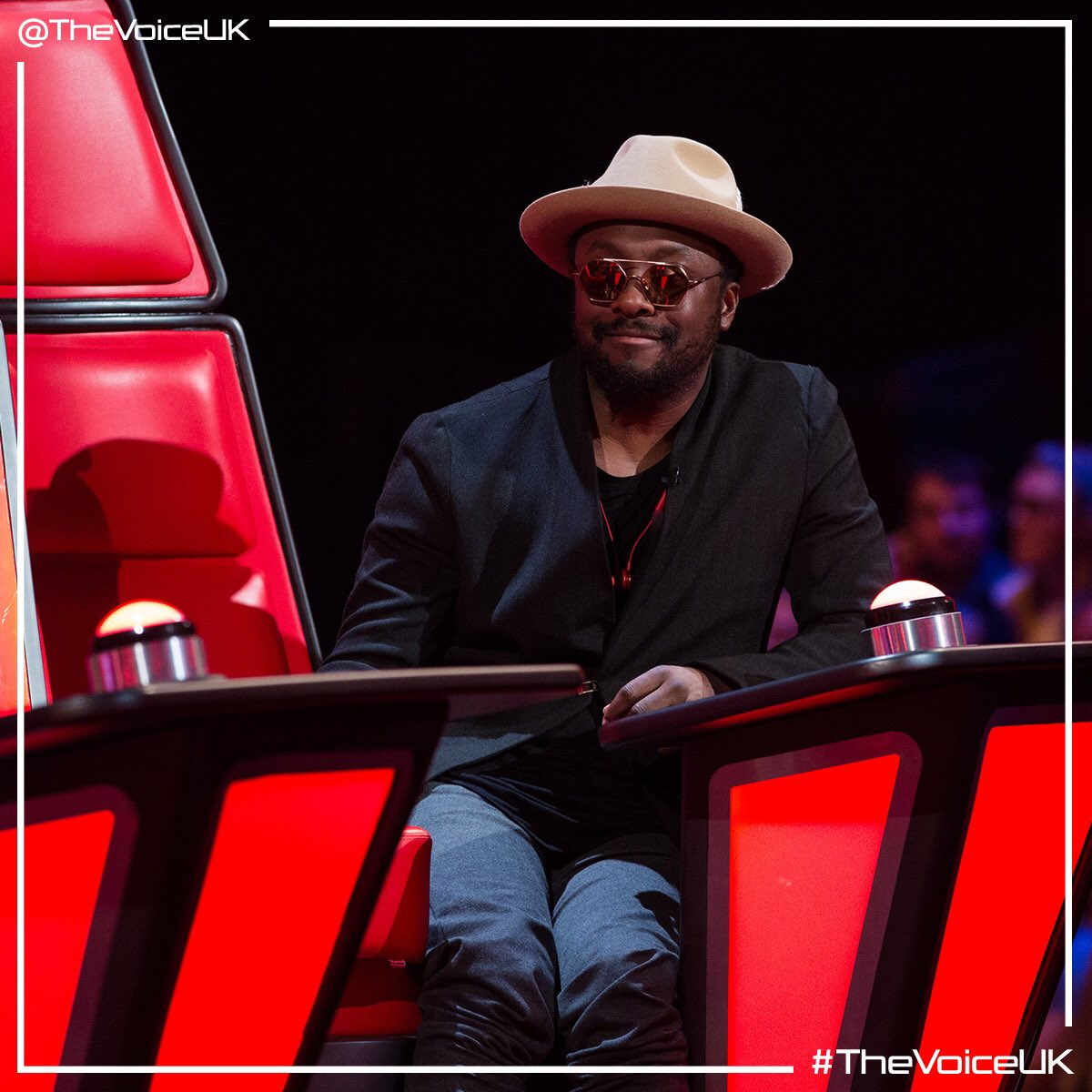 I hope your watching #TheVoiceUk right now!!! https://t.co/OVh87fdKBF