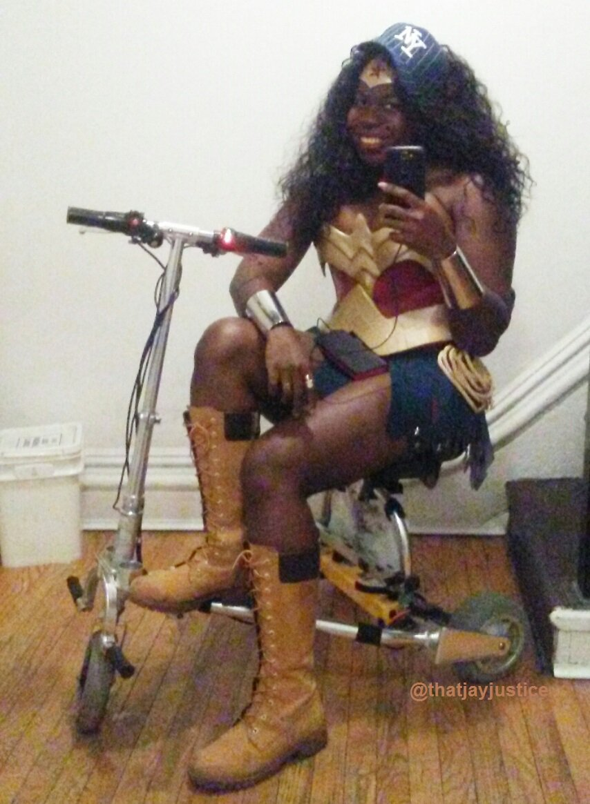 Yo son. If you need to end a war, you call Wonder Woman. Deadass, b. #WonderWoman #Cosplay #NYWonderWoman #WondyFromTheBronx #Deadass #ThoseTimbsTho #Lol