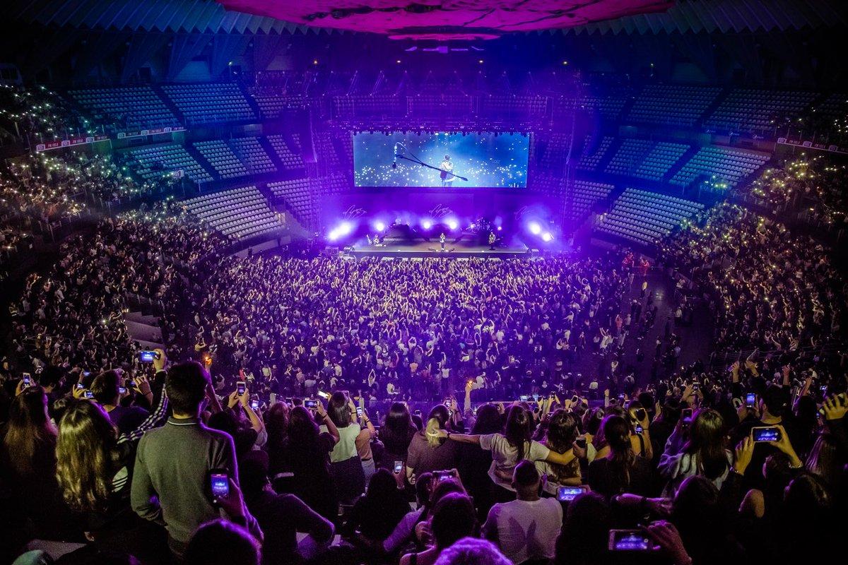 #Coez @ @Plottomatica.  Ieri sera è andata così ⬇️ 🏟🥇 Si replica questa sera alle 21. Il concerto sarà anche in diretta sulla pagina fb di #Postepay. 📸: @danilomusicfoto