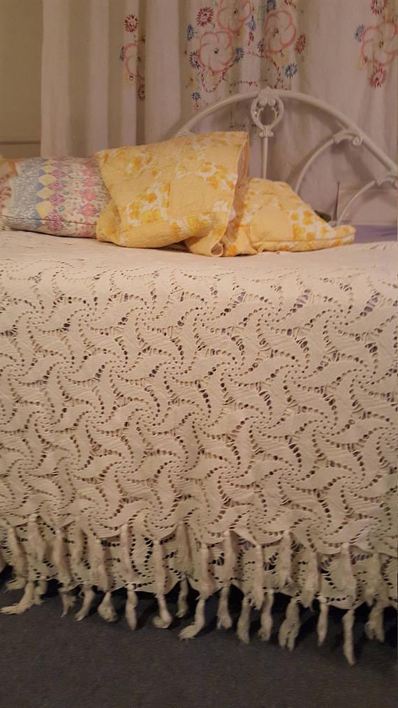 Handmade Crocheted Bedspread Cover Queen...