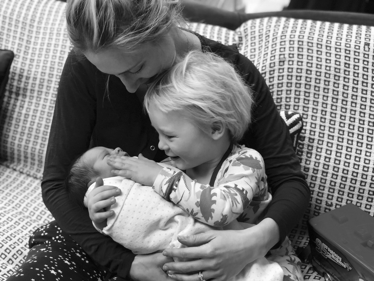 Charlie simpson sur twitter thanks for all the baby love arlo is very happy to have a little brother to play with bestbuds