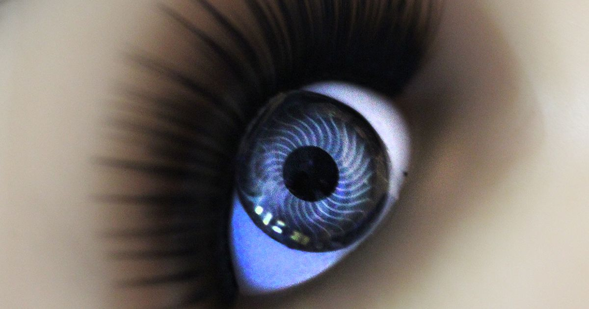 #Stretchable#contact #lens that can monitor #glucose withoutdistorting the wearer's vision - device containscomponentsto #wirelessly receive #power, monitor glucose levels, and generate an #LED#display. #FHE @NextFlexUS  https:// buff.ly/2EEjWCy  &nbsp;  <br>http://pic.twitter.com/bu76gecFW0