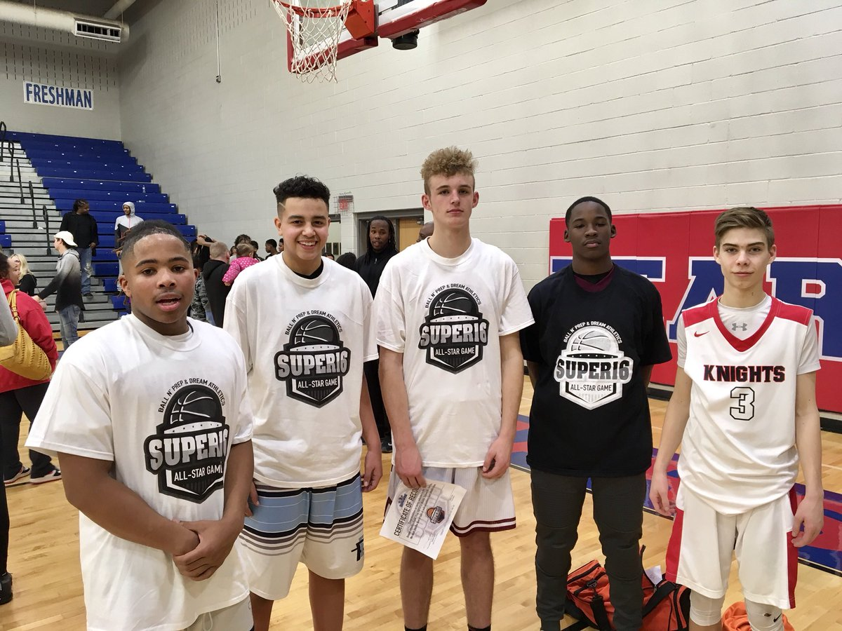 Ferguson Elite 2022 well represented at the @Super16Allstars last night. These guys looked good with some of the best in the state. @the2kferguson @UAassociation @CP3RisingStars @SpencerPulliam @Coast2CoastPrep @Rick_Report