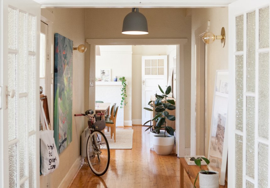 Broadsheet melbourne on twitter home visit lucy glade wrights airy art deco apartment by the bay https t co 8yrdtw5p5o