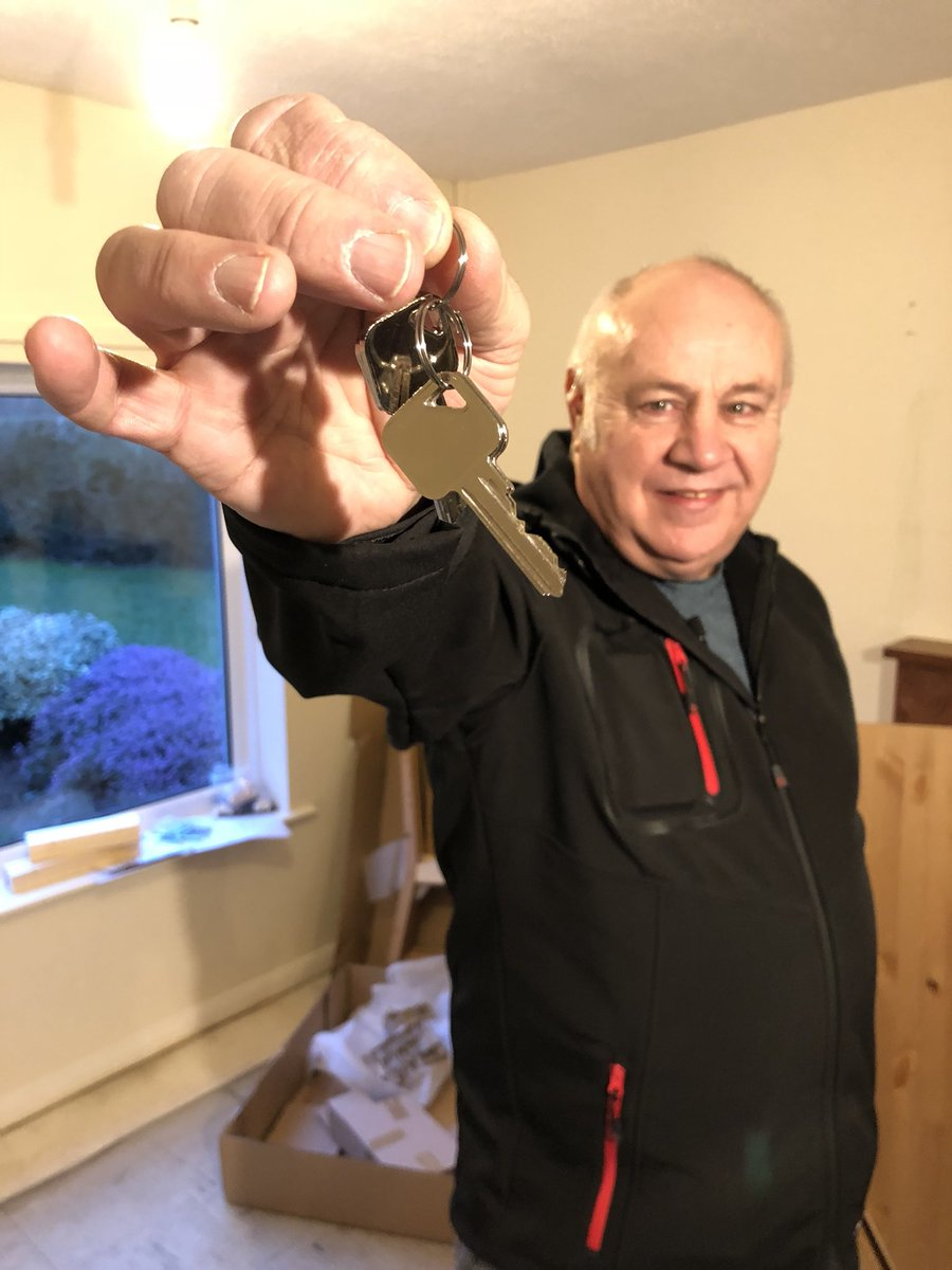 Nick Dixon On Twitter Keys In Hand Sas Hero Bob Curry Has