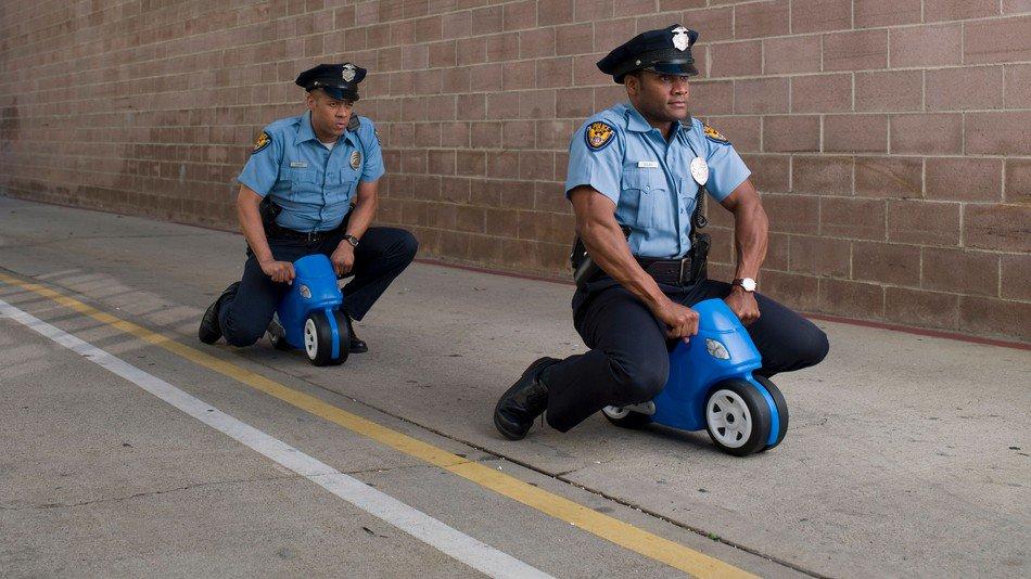 Смешная картинка с полицейским, картинка надписью мир