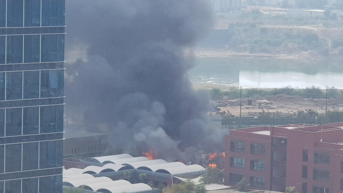 Major fire breaks out in gift city gandhinagar building deshgujarat gandhinagar fire broke out at gift city gandhinagars sez admin wing today afternoon it is learnt that a canteen portion of sez blocks has gutted negle Gallery