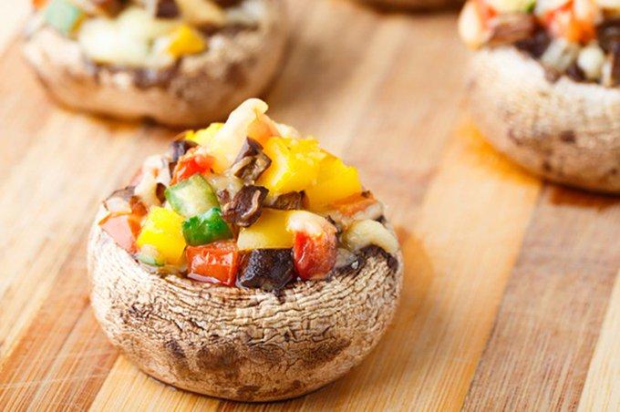 Healthy Appetizer Recipe: Bell Pepper-Stuffed Mushrooms