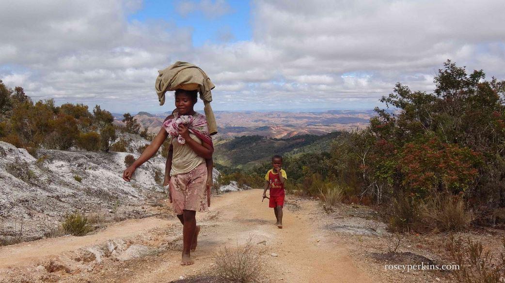 Сервисная деятельность в обслуживании населения 2012