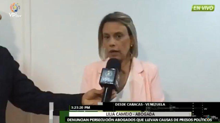 #5Feb Abogada Lilia Camejo denuncia que los abogados que se encargan de los casos de #PresosPolíticos están siendo perseguidos https://t.co/TrOmoCbSzL https://t.co/x4Hcv42ODI -