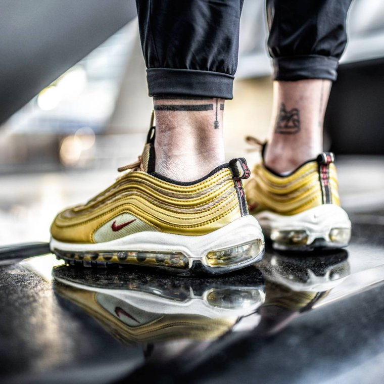 nike air max 97 italy metallic gold