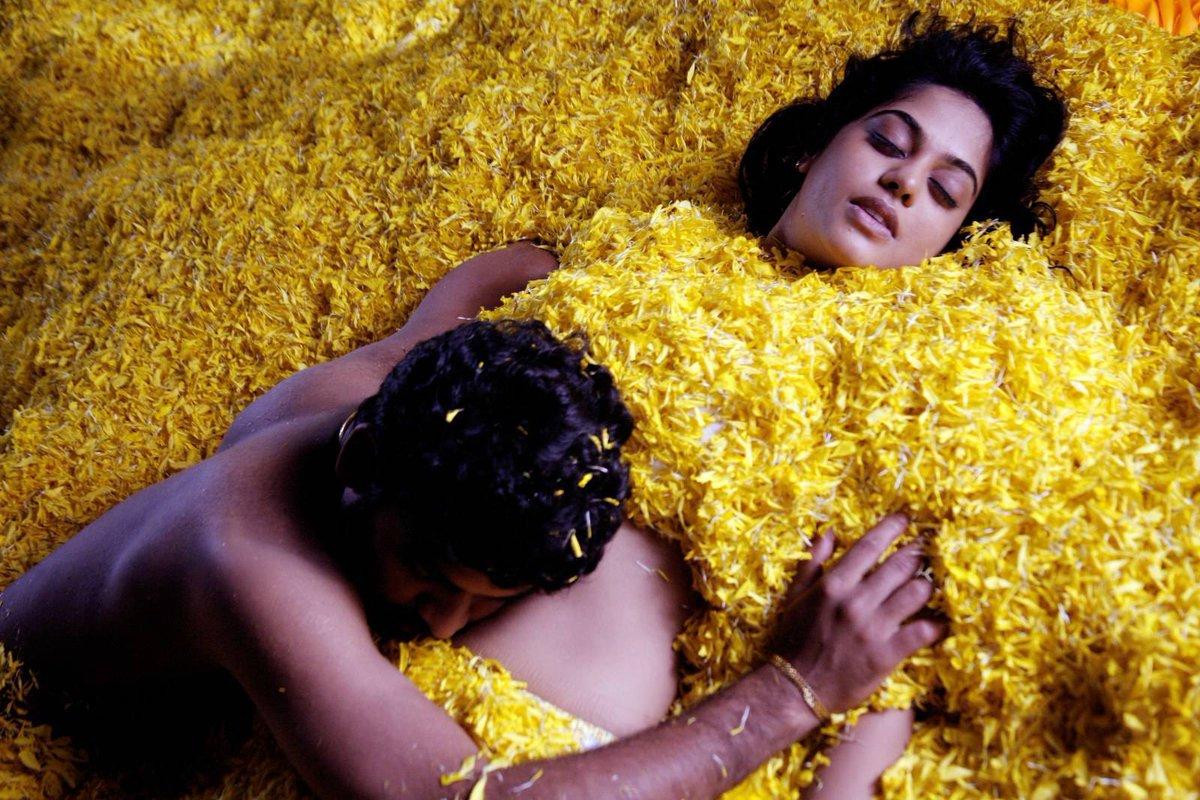 trisha-and-nyanatara-nude