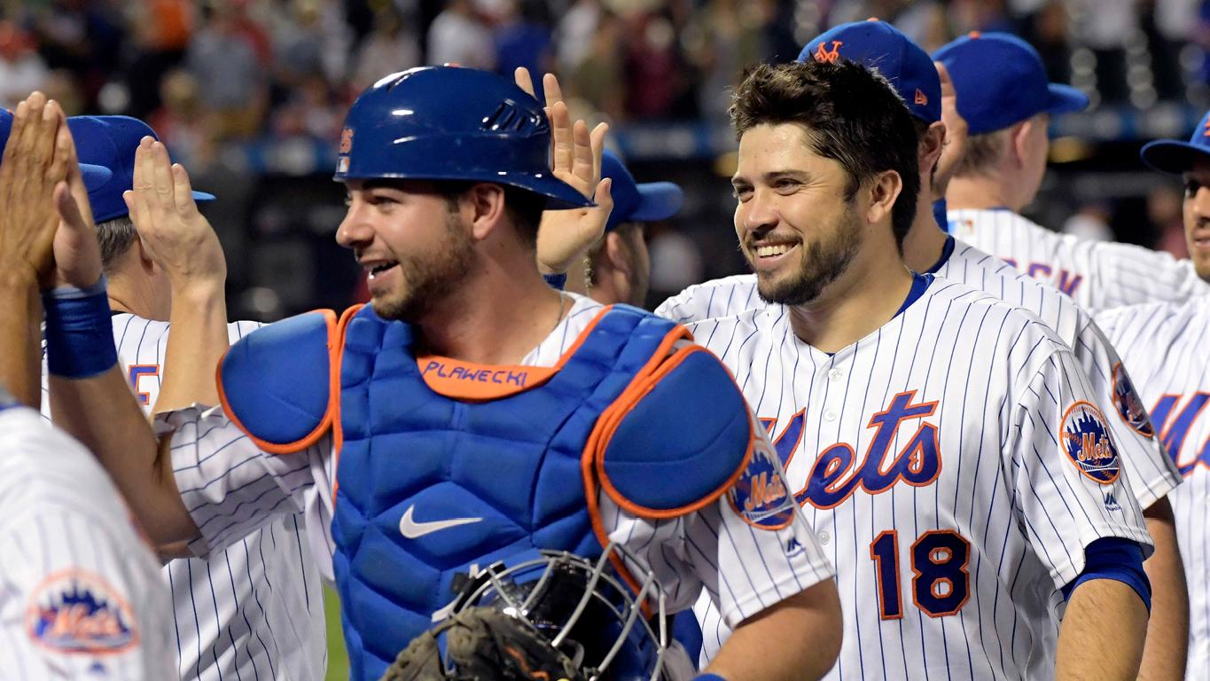 Shared time behind the dish could keep d'Arnaud and Plawecki fresh and productive.   �� �� https://t.co/IY9tsmtHU8 https://t.co/jYPpcxajZi