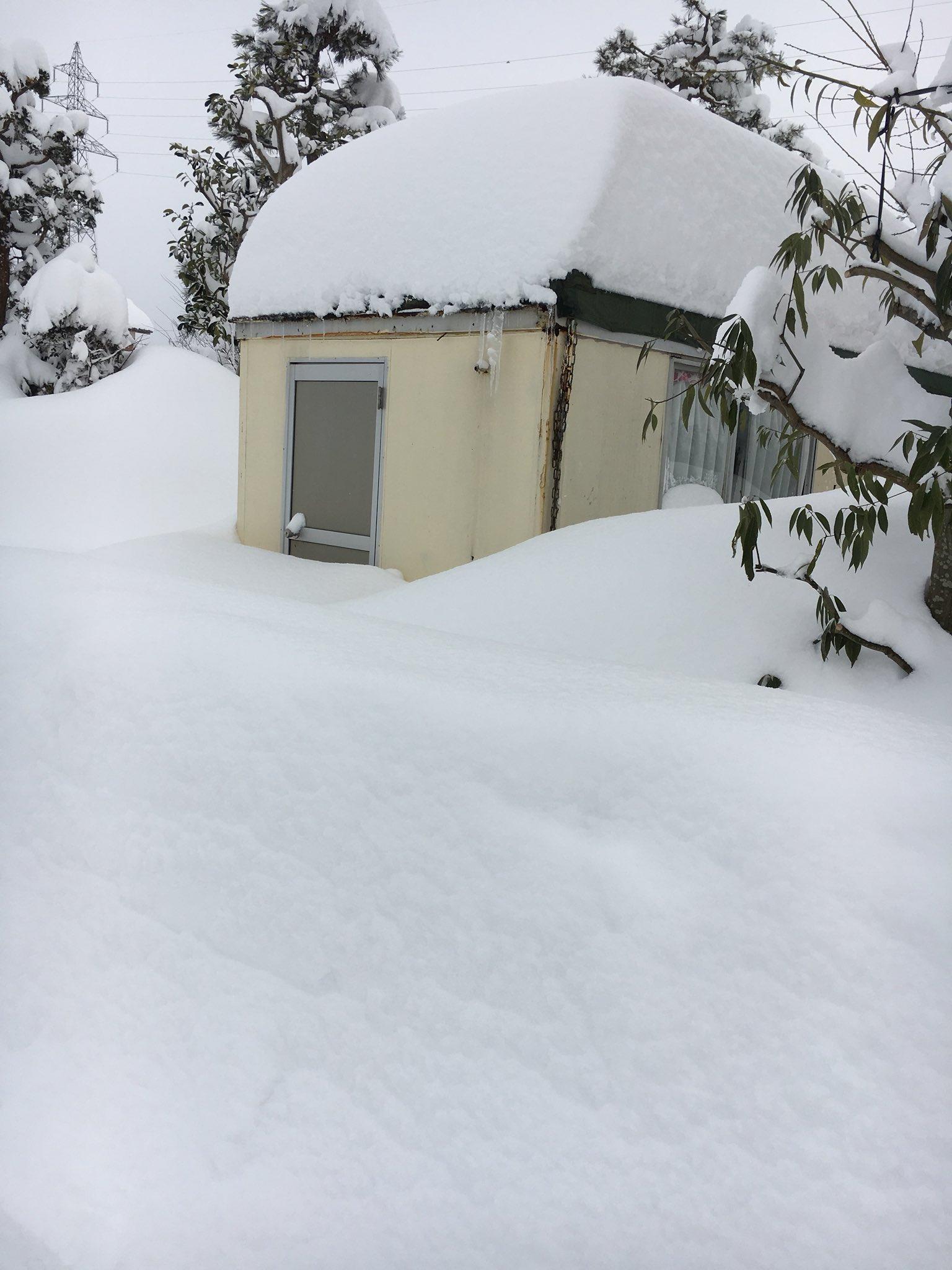 画像 雪積もりすぎ122cmの積雪 福井大雪 Httpstcocy0ja2y468