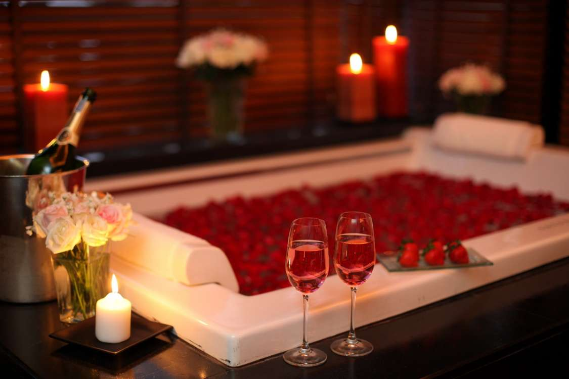Millennium airport hotel dubai on twitter valentine in - Valentine day room decoration ...