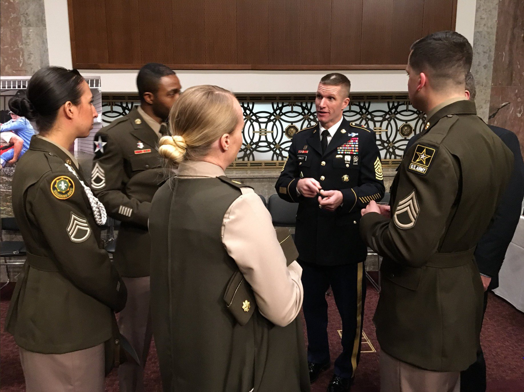 U S Army On Twitter Quot Pinks And Greens Head To The Hill
