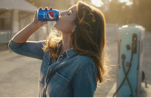 Top 10 Super Bowl ads: Pepsi gets most social buzz https://t.co/BBTWF94QpR #SuperBowl #socialmediamarketing @amobee https://t.co/qxnzCSpnGe