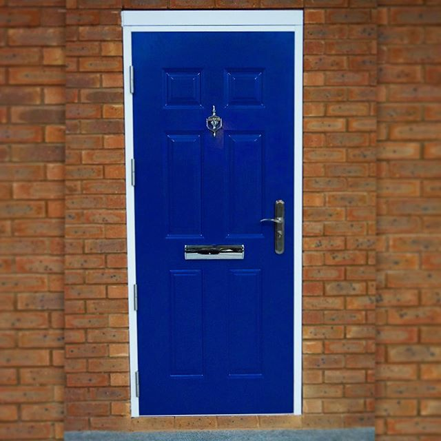 Old Front Door Into A High Security Entrance With Style AND Substance Owly EP4j30ieC11 TransformationTuesday BlueSteel Doors NewHouse DIY