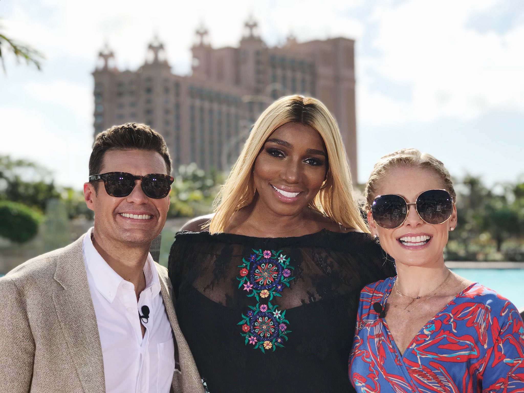 The Real Housewives of Atlantis coming soon #kellyandryanatlantis #itsbetterinthebahamas https://t.co/LlPnN3y9Yk
