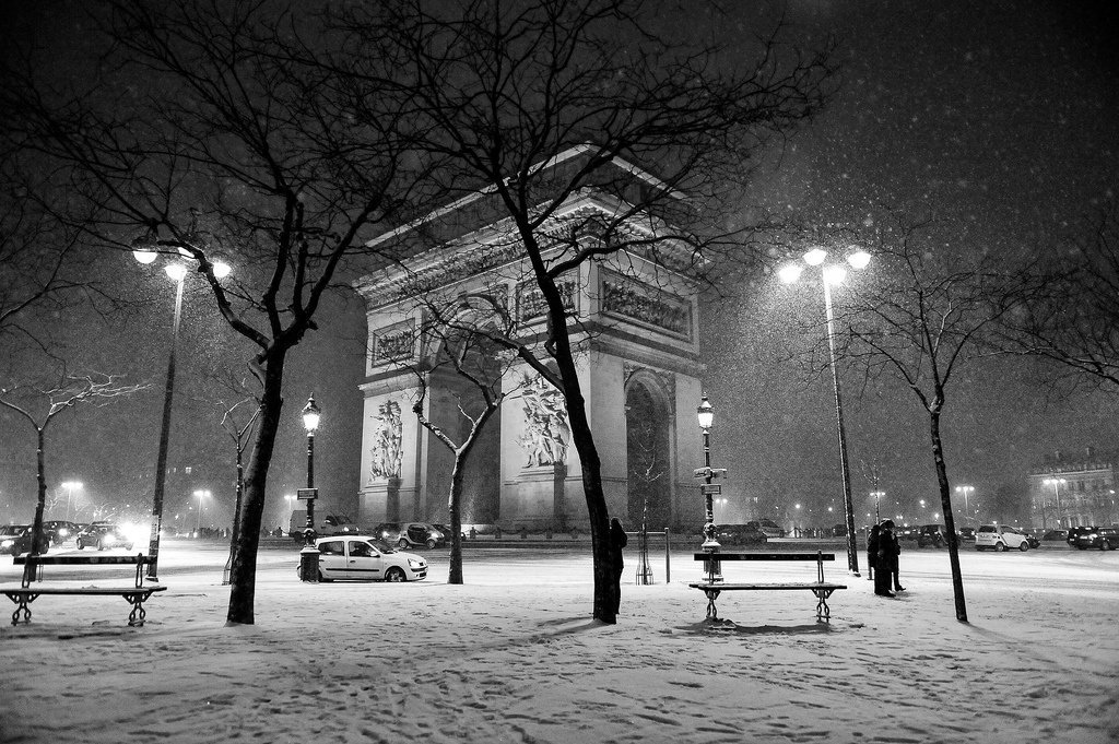 Paris je t'aime !  - Page 5 DVYI_leWsAEuvY3