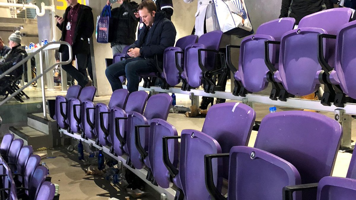 Photos show broken and missing seats inside U.S. Bank Stadium, following #Eagles #SB52 win.  https://t.co/lISteOlYGn