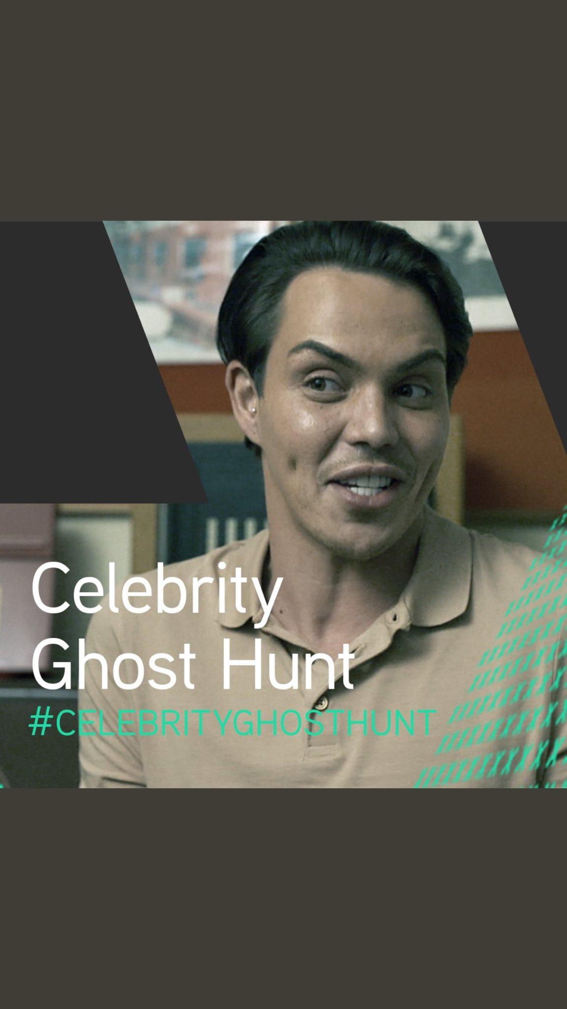 Tune into @5star_tv NOW for #CelebrityGhostHunt 👻👻👻 https://t.co/9PhZ21jpRx