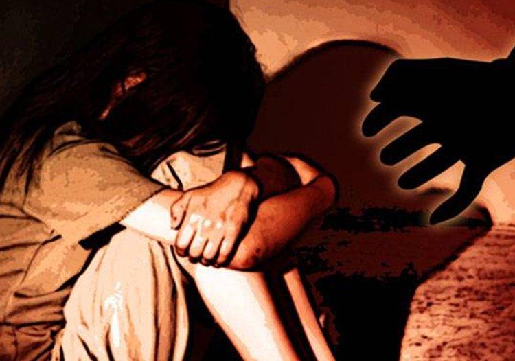 आफ्नै बाबुद्धारा १२ बर्षीया छोरीको बलात्कार !