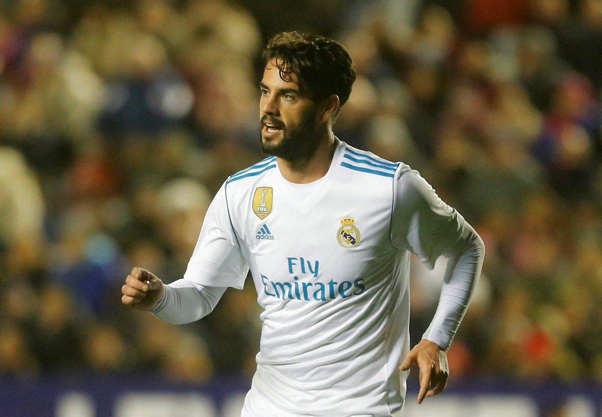 ‼️‼️@miguelitocope adelanta el XI del Real Madrid ante el PSG: Keylor; Nacho, Varane, Ramos, Marcelo; Casemiro, Kroos, Modric, Isco; Benzema y Cristiano. Bale empezará en el banquillo.