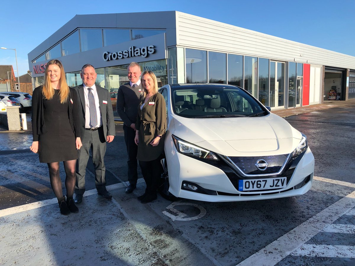 Our next stop was in chilly Dumfries, thanks @DumfriesNissan for hosting us on our all-new #NissanLEAF tour https://t.co/gQtaJdlTZi https://t.co/N8rvz1l1ul