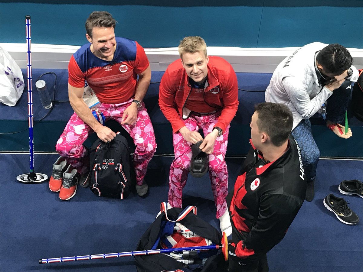 💕PANTS💕  Norway's @TeamUlsrud don't miss a beat. Valentines Day. And they're bringing heart-stopping pants realness.   #cbccurl