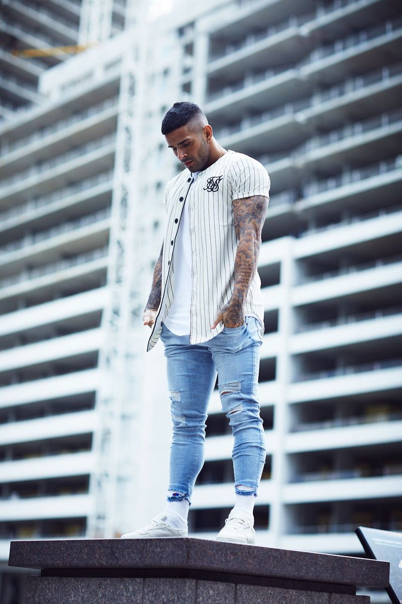 b43f1eacb96e ... SikSilk Light Stone Wash Jagged Hem Jeans - both available online at  http   www.siksilk.com  siksilk  followthemovement  SS18pic.twitter .com StjJmAAXJt