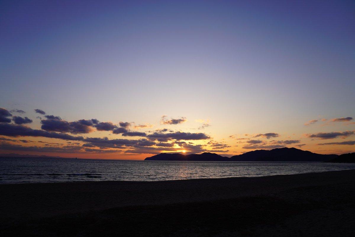 2月の夕焼け*  虹ケ浜海水浴場(山口県光市)  #イマソラ #ファインダー越しの私の世界  #写真好きな人と繋がりたい #写真で伝えたい私の世界 #キリトリセカイ  #photography #coregraphy https://t.co/psUkRR8wOc