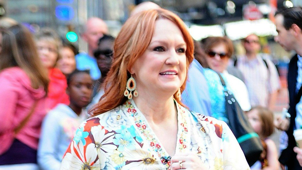 how much is the pioneer woman ree drummond worth